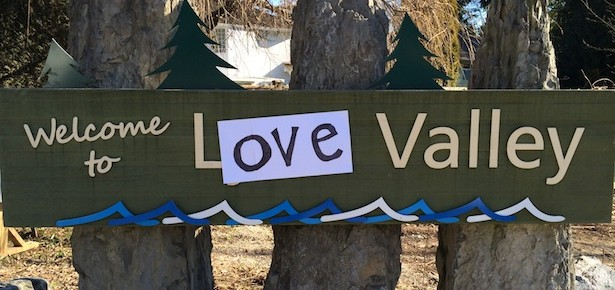 Love Valley 615 290